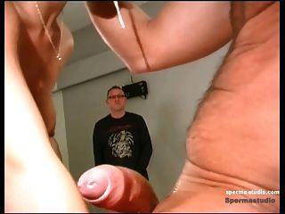 Spermastudio: cum disparos + garganta profunda cum puta niki