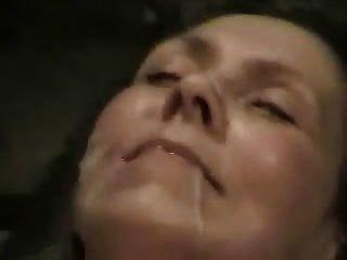 Peludo aficionado maduro milf doble boca facial eyaculacion