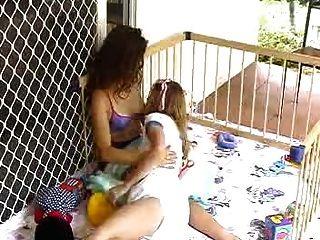 Felicidad y lola lactancia materna