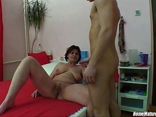 Stud se captura masturbándose!