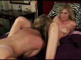 Compilación de orgasmos lesbianas 5