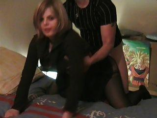 Real amateur francés doggy pareja #rec ella mira a la cámara p1