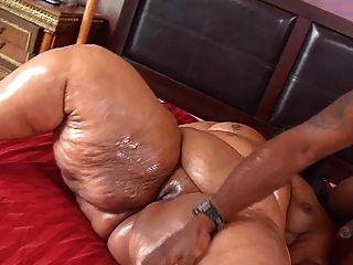 Ssbbw follando y haciendo anal