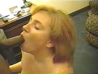Sexy esposa pelirroja ama esa polla negra grande # 19.eln