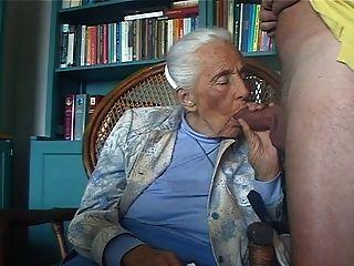 Amante 1 de la abuelita del pervertido