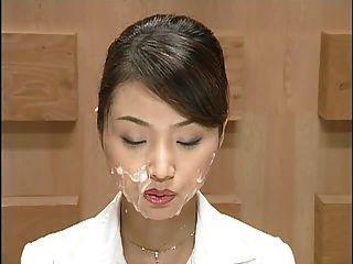 Noticias japonesas con corridas.escena 1
