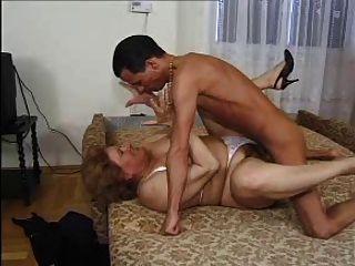 Abuelita premio 3 bbw maduro con un joven