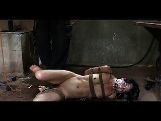 Bdsm esclavo elise sepulturas pervertido enema castigo y al aire libre
