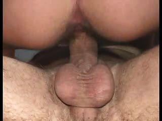 Bonita latina peludo esposa prematuro cum eyaculación montar fuck rápido