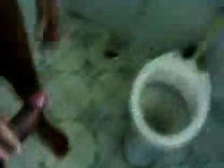 Amateur, indio, pareja, cuarto de baño