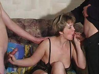 Mamá rusa valentina 4