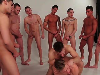 Gay boys gang bang grupo twinks 2 schwule jungs