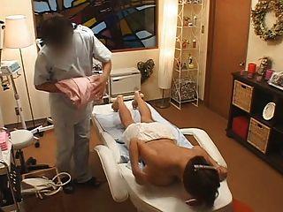 Japonés masaje tetas grandes tetas busty asian groupe