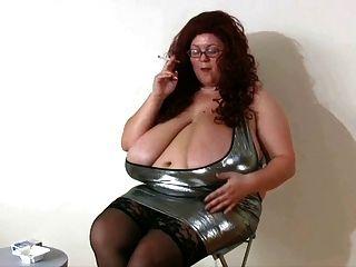 Madre gorda tetona