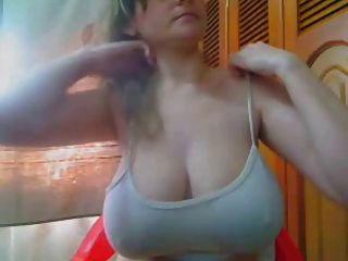 Mejor de pecho increíble boob flash amateur