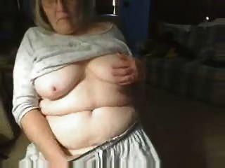 Kinky abuela divirtiéndose en la cámara web