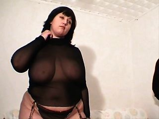 Chubby girl en ropa interior