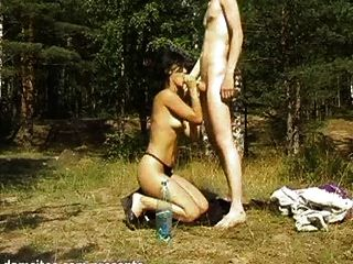 Ruso amateurs fucking al aire libre 1