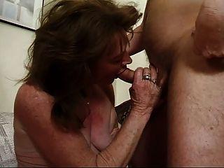Altes weib gefickt und vollgespritzt !!!Esposa madura mierda