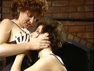 Confesiones de una escena lesbiana ninfa de mediana edad