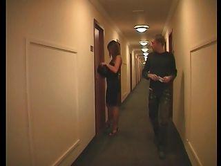 Francés pareja en un hotel