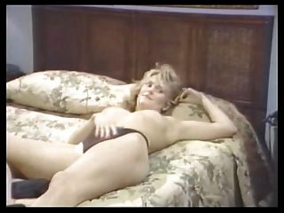 Nina hartley y alex greco lesbian escena