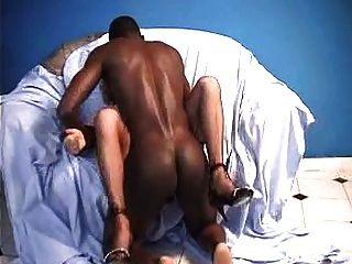 Abuelita y gallo negro para anal