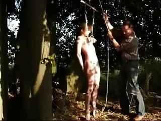 Mi zorra esclava follada al aire libre.aficionado
