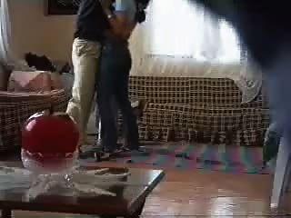Chica árabe follada por la cámara espía vecino