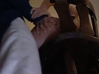 Sorpresa anal en la barra