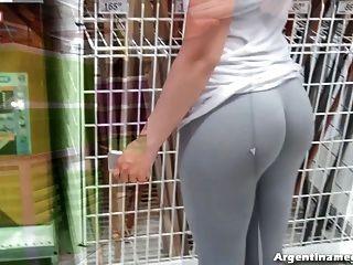 Increíble burbuja culo adolescente en la calle y el mercado!¡mojado!