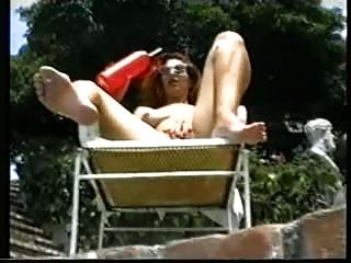 Un día de verano(Escena lesbiana clásica)