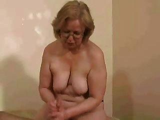 señora.Watson topless