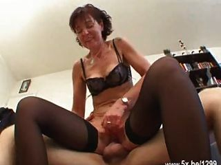 Aline a french mature gangbanged in stockings