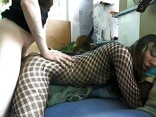 Cutie gurl conseguir follada por su amigo crossdressing masculino