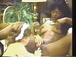 Angel kelly y amigos escena lesbiana
