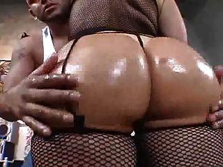 Big booty bailarina de vientre obtener follada