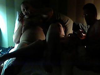Filmar a mi esposa follando a un amigo