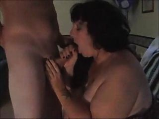 Esposa gorda chupar extraño