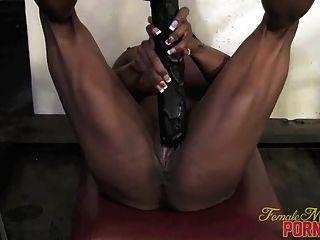 Yvette bova su gran consolador negro