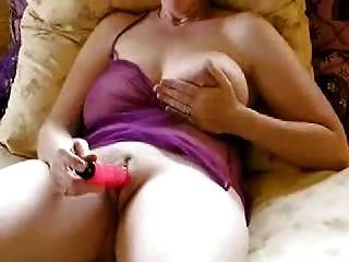 Aficionado maduro big boobs vibrador masturbación