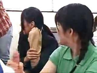 Lecciones japonesas de handjob