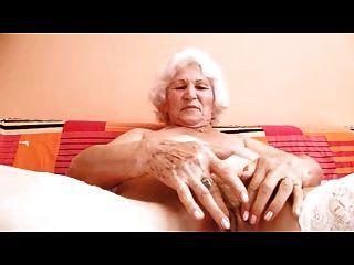Dedos de la abuelita norma para un cambio