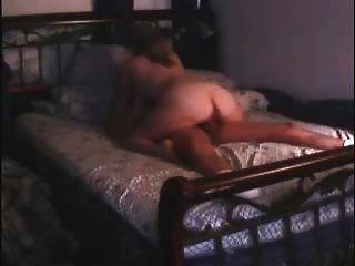 Milf se olvidó de apagar su webcam cuando estaban teniendo relaciones sexuales y fue visto por todos!