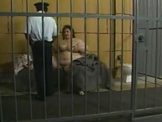 Ssbbw en la cárcel