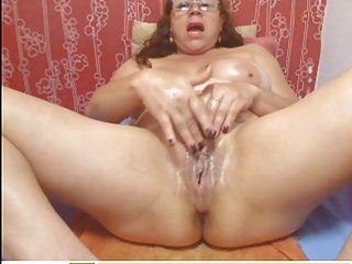 Webcam colombian granny milf teasing (sin sonido)