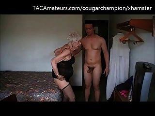 El campeón folla 90 años abuelita marge bareback