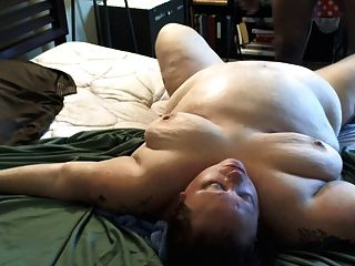 Bbw deep interracial golpeando