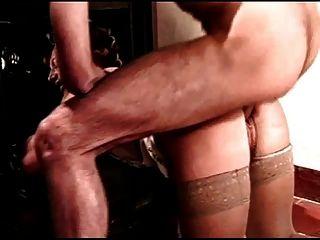 Pelirroja milf obtiene anal de hombre azul