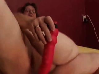 Señora muestra todos 67